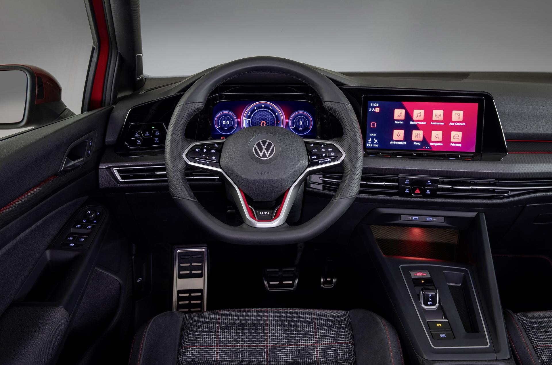 Новый Volkswagen Golf GTI 2020 полностью рассекречен