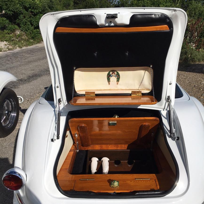 В Крыму выставили на продажу очень необычный авто ручной работы