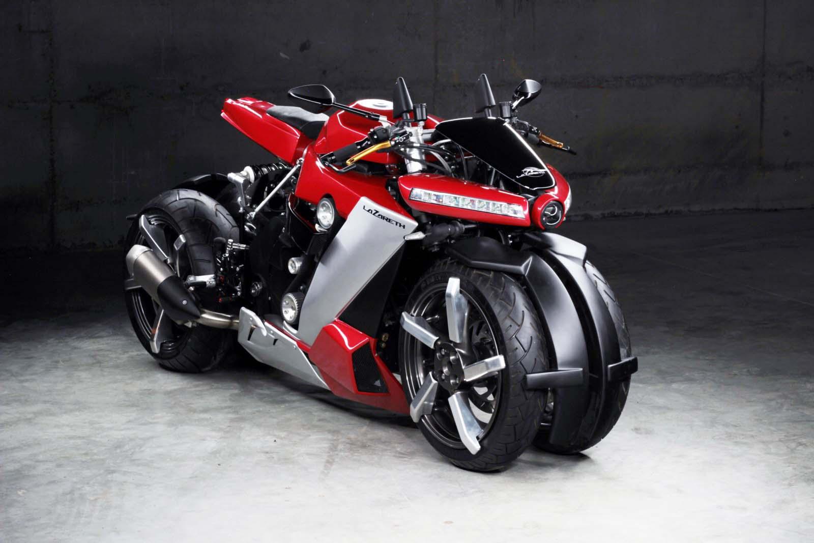 Французы построили безумный четырехколесный мотоцикл по цене Каена