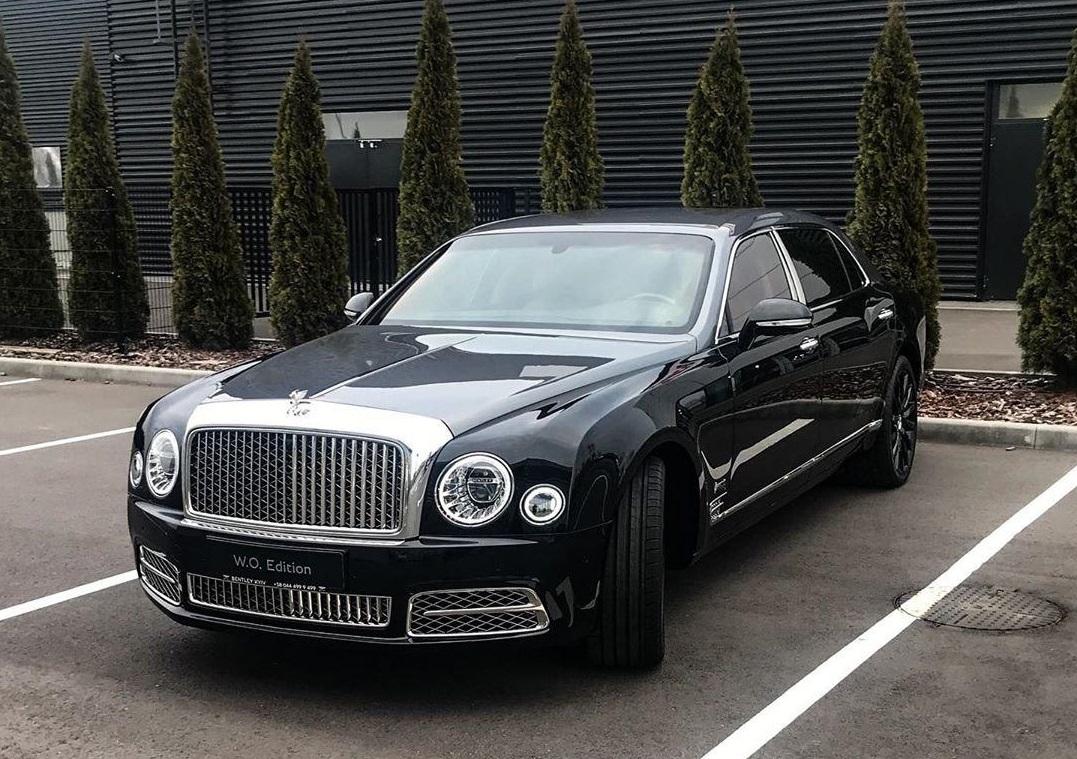 В Украину завезли один-единственный юбилейный Bentley за 15 миллионов