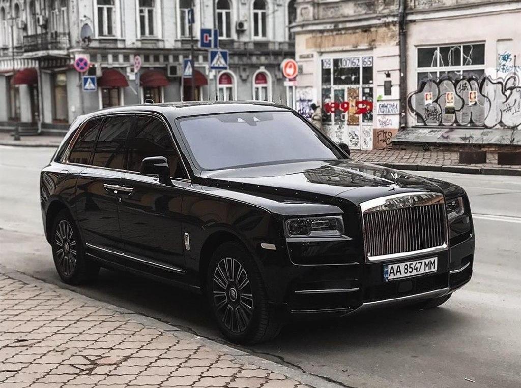 Самые дорогие внедорожники Rolls-Royce стали жестким дефицитом в Украине