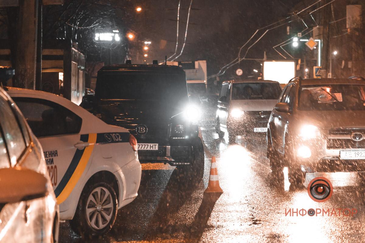 В Украине засняли разборку в духе 90-х с Гелендвагенами и глушилками