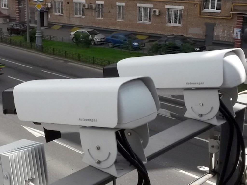 В Украине заработала фотофиксация нарушений ПДД