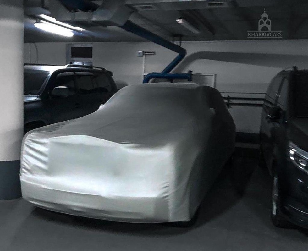 Фото впечатляющей коллекции авто в Украине