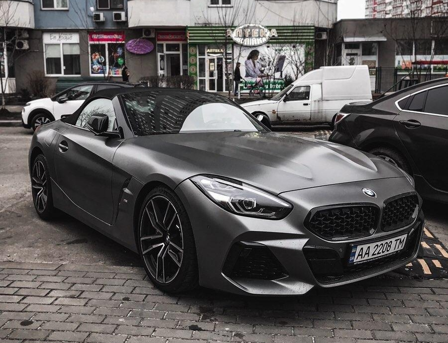 В Киеве заметили новейший кабриолет BMW Z4