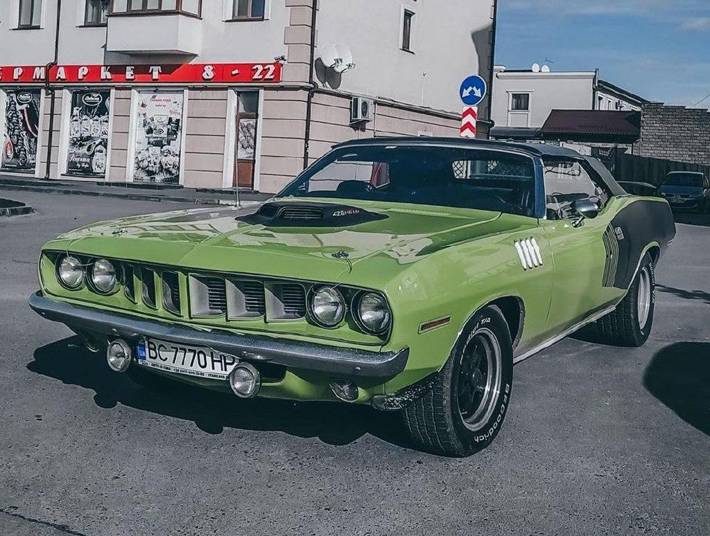 В областном центре заметили самый крутой американский авто 70-х