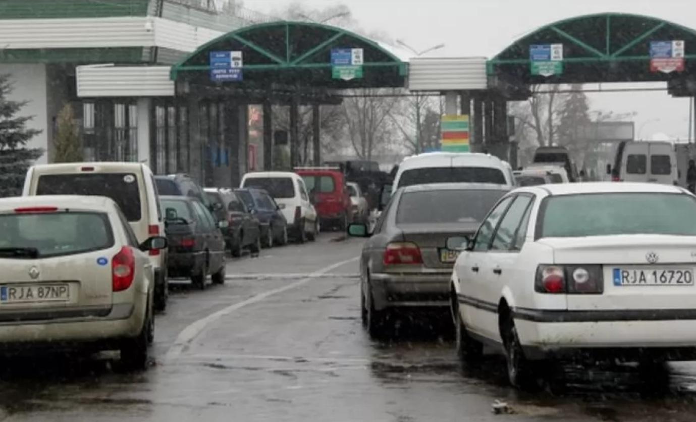 Коронавирус принес неожиданные новости для владельцев авто на еврономерах