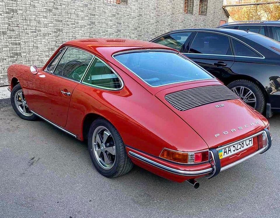 Фото одного из самых раритетных Porsche в Украине