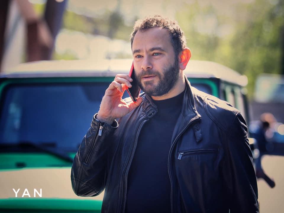 Депутат засветил нестандартный тюнингованный Гелендваген (видео)