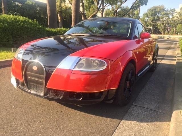 Странный клон Bugatti Veyron продают по цене нового Дастера