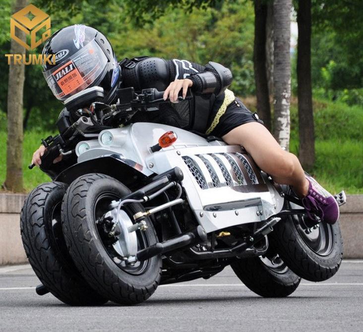 Китайцы скопировали самый безумный мотоцикл в мире