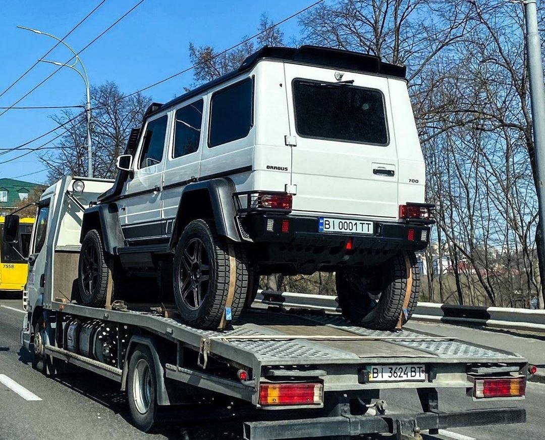 В Украине заметили самый экстремальный Брабус Гелендваген