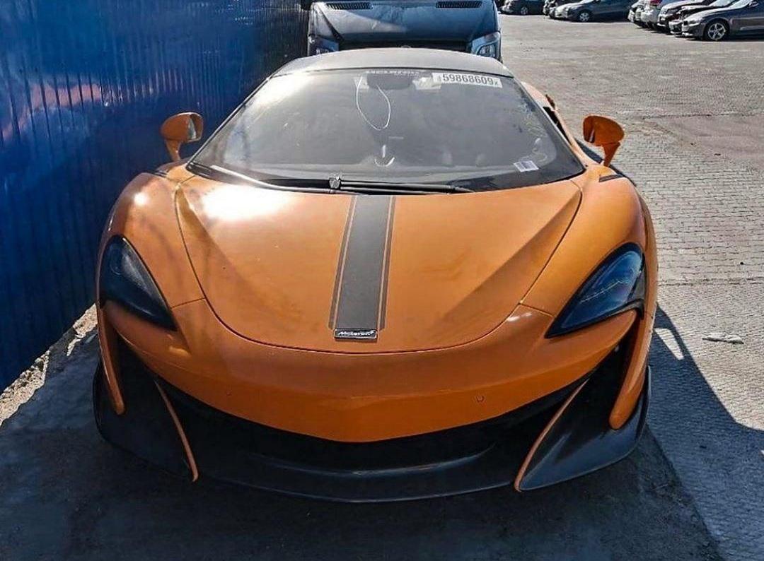 В украинском областном центре заметили лимитированный суперкар McLaren