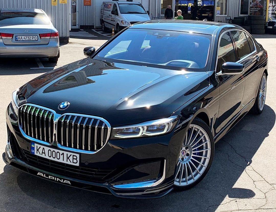 В Украине засняли новейший тюнингованный седан BMW за 5 миллионов