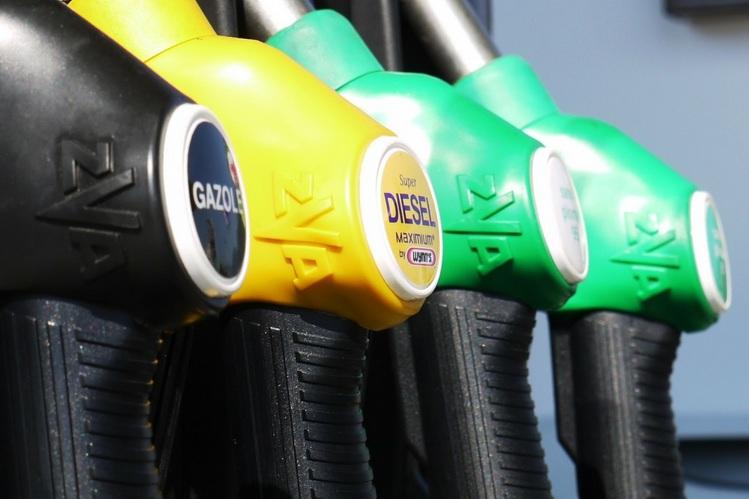 Как определить качественный бензин: Топ советы