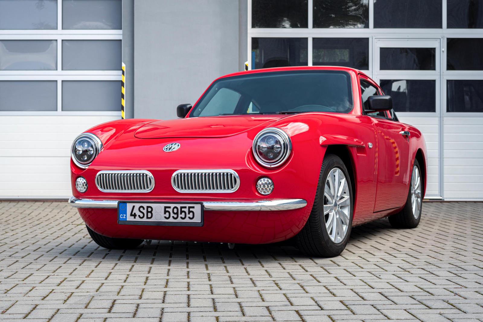 Чехи показали электрический клон культовой Ferrari