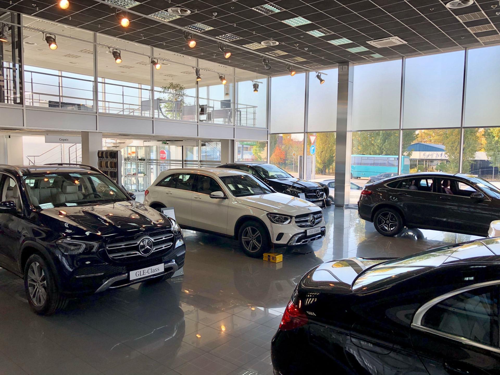 Во время карантина в Украине выросли продажи люксовых авто