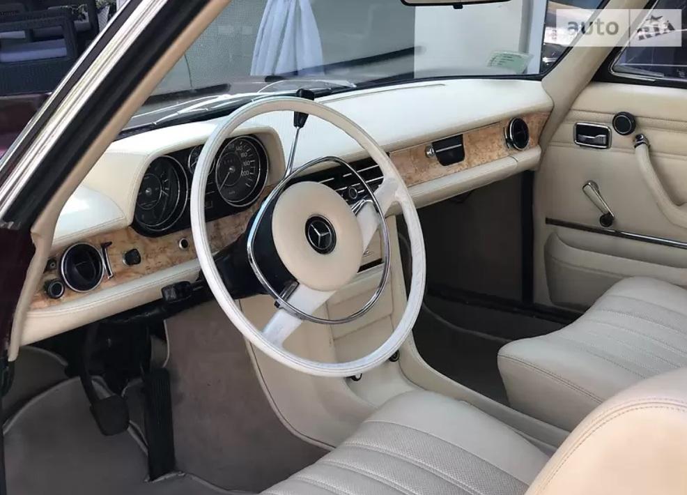 Украинец продает редкий 50-летний Mercedes-Benz