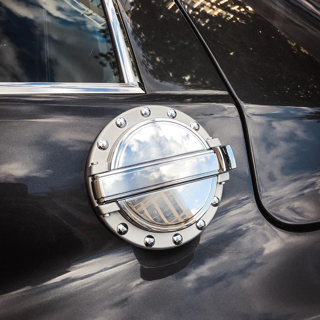 В Киеве заметили самый легендарный американский авто всех времен
