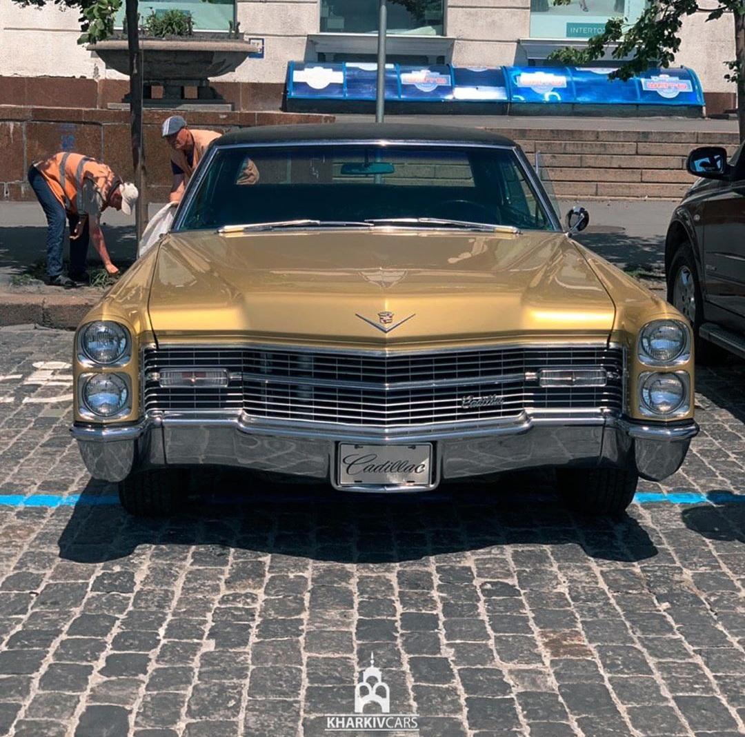 В Украине засняли культовый Cadillac 60-х