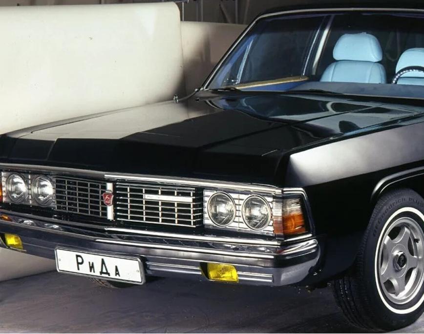 Какой была самая крутая и самая дорогая Чайка ГАЗ-14