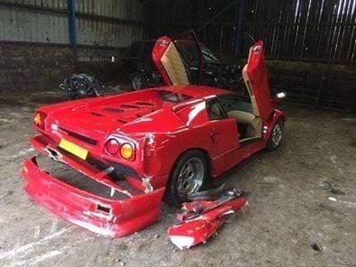 Журналисты разбили на тесте культовый 30-летний суперкар Lamborghini