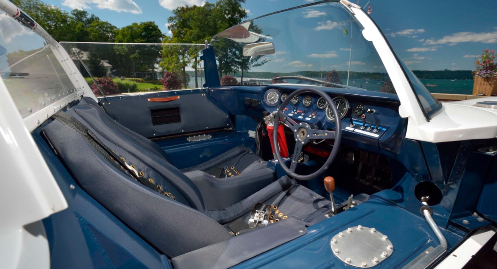 Старый 50-летний Ford продают по цене трех Bugatti Chiron - Обзор