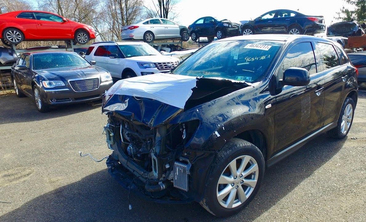 Поврежденные авто из США могут оказаться вне закона