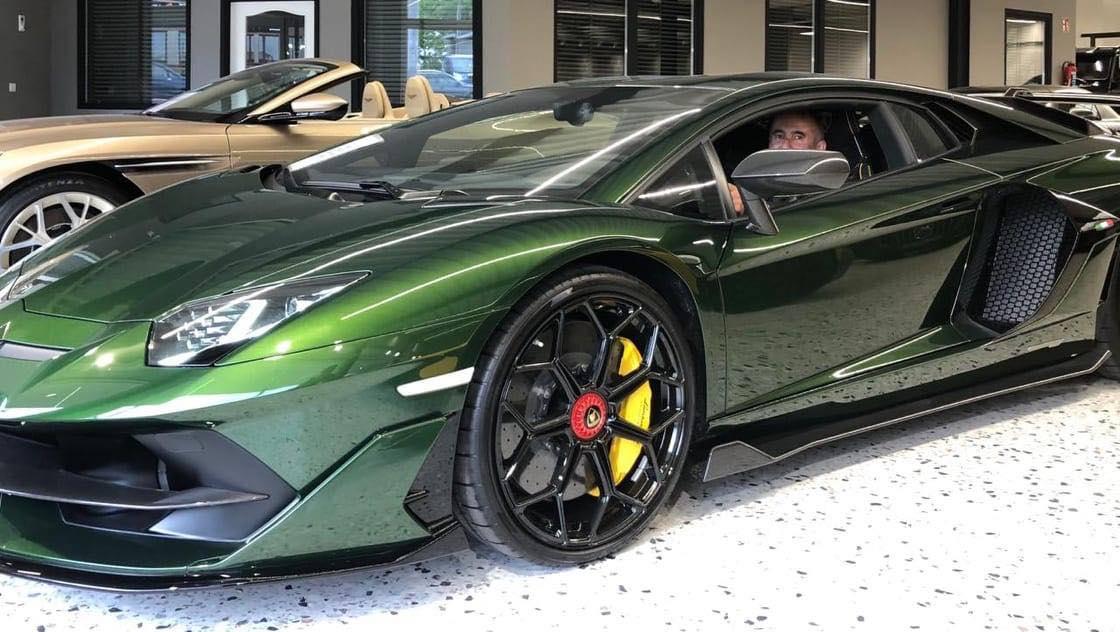 В Украине появился сверхмощный заряженный суперкар Lamborghini