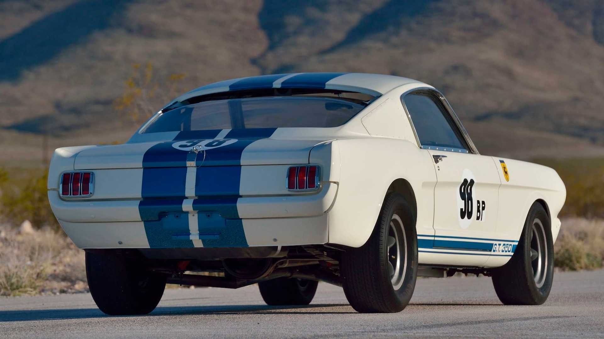 Самый дорогой Ford Mustang продали по цене десяти Ferrari