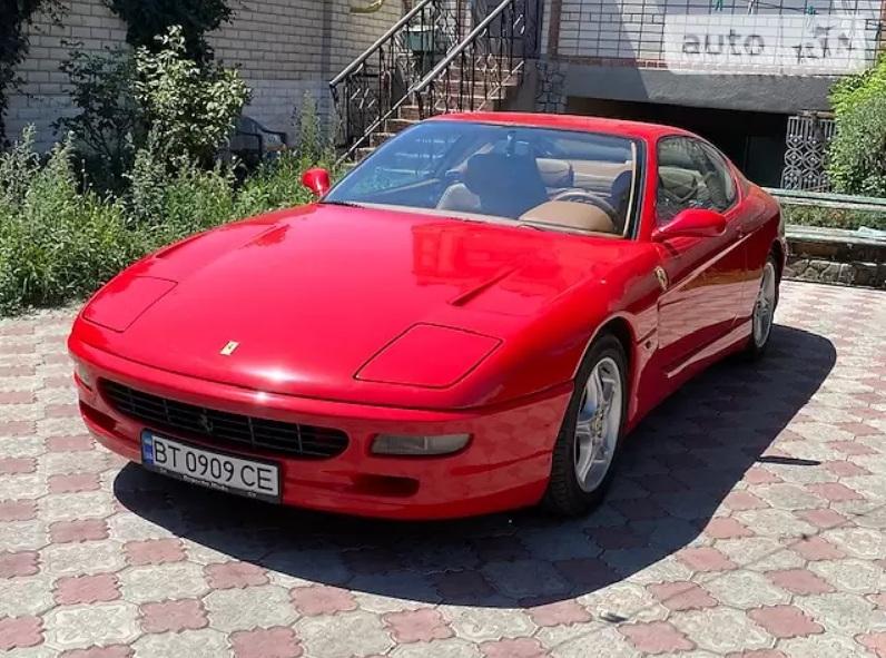 В Украине обнаружили редчайший 20-летний суперкар Ferrari