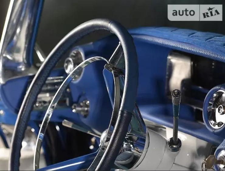 Украинец продает невероятный Cadillac 50-х