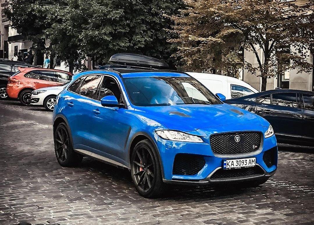 В Украине появился самый быстрый и самый крутой кроссовер Jaguar