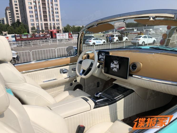 Китайцы сделали бюджетную копию культового Chevrolet Corvette