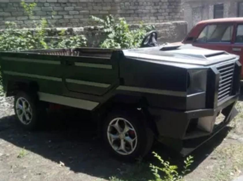 Украинец попытался переделать ЛуАЗ в Брабус Гелендваген (фото)
