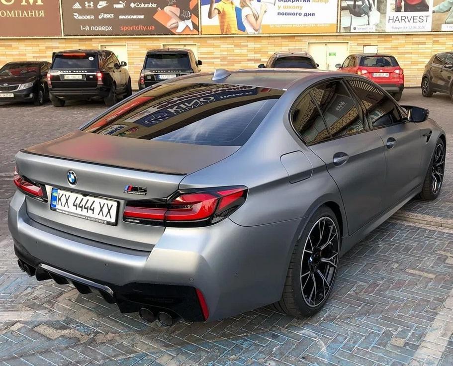 В Украине появился новейший заряженный BMW за 4 миллиона