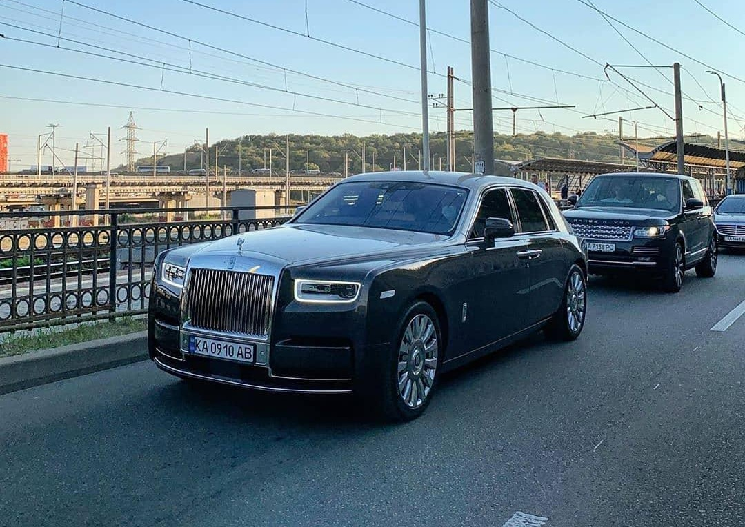 В Украине заметили роскошный Rolls-Royce за 17 миллионов