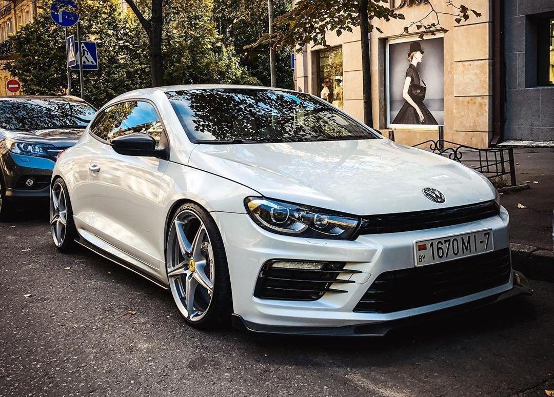 В Украине засветился заряженный спорткар Volkswagen
