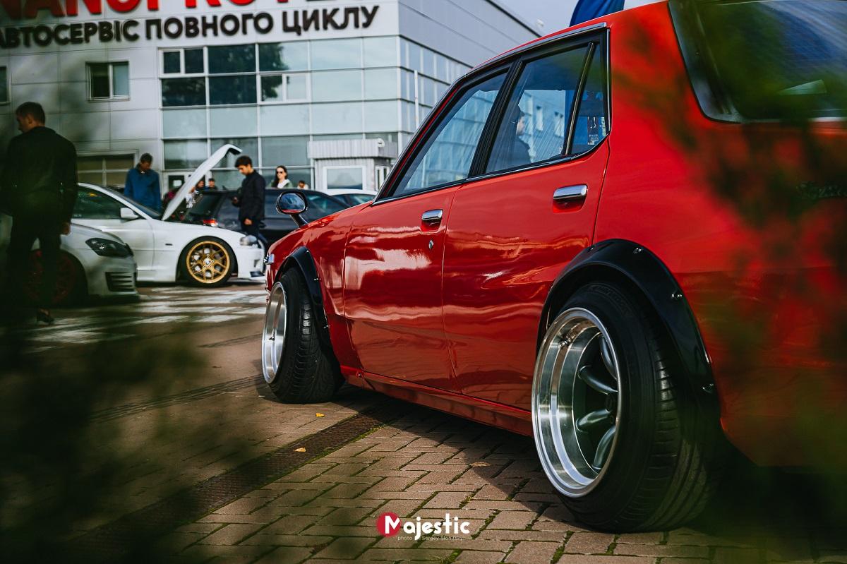 В Украине прошел фестиваль самых ярких автомобилей страны (фото)