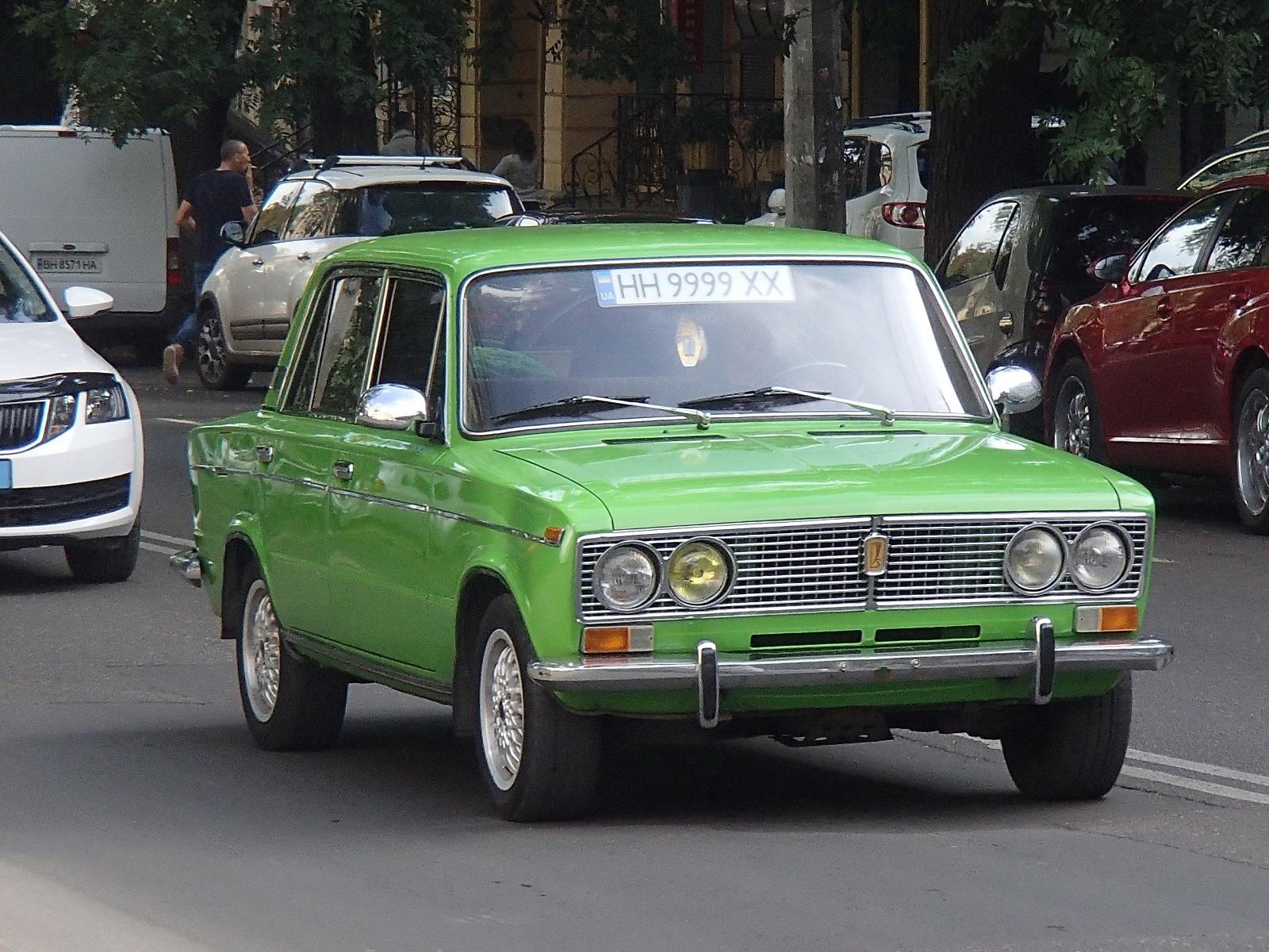 В Украине засняли Жигули на крутых номерах дороже самого авто