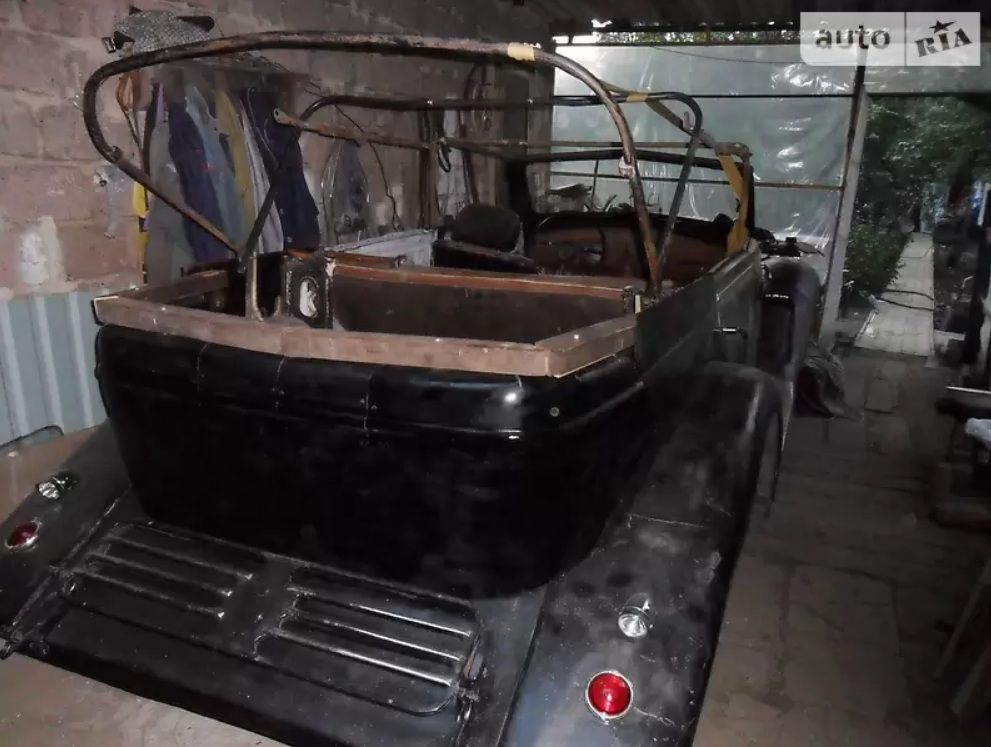 В Украине обнаружен роскошный довоенный немецкий авто