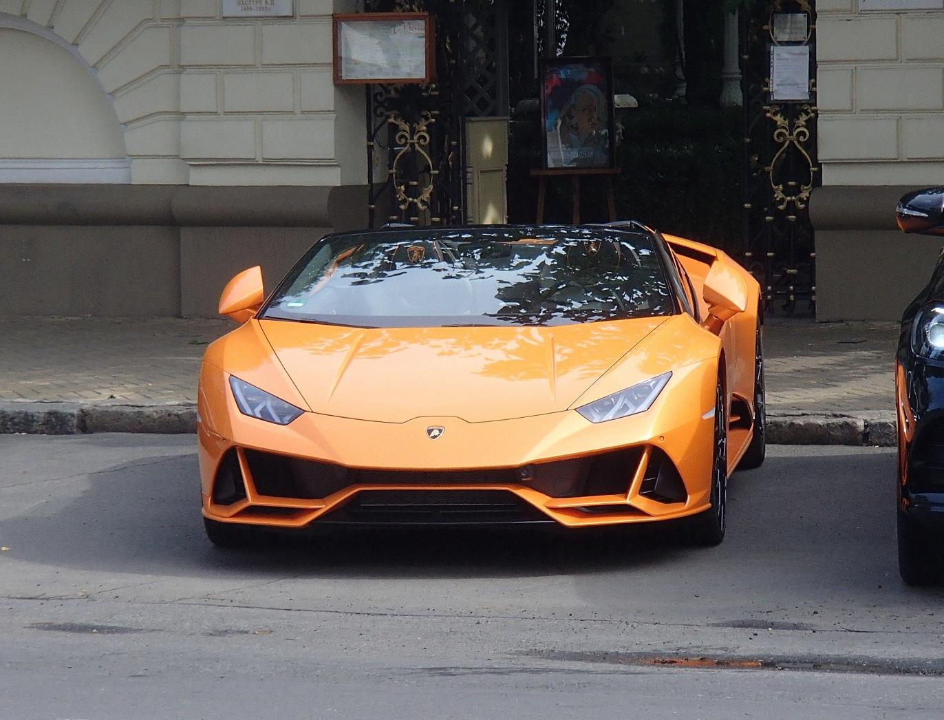 Самые дорогие автомобили в Украине за последние полгода