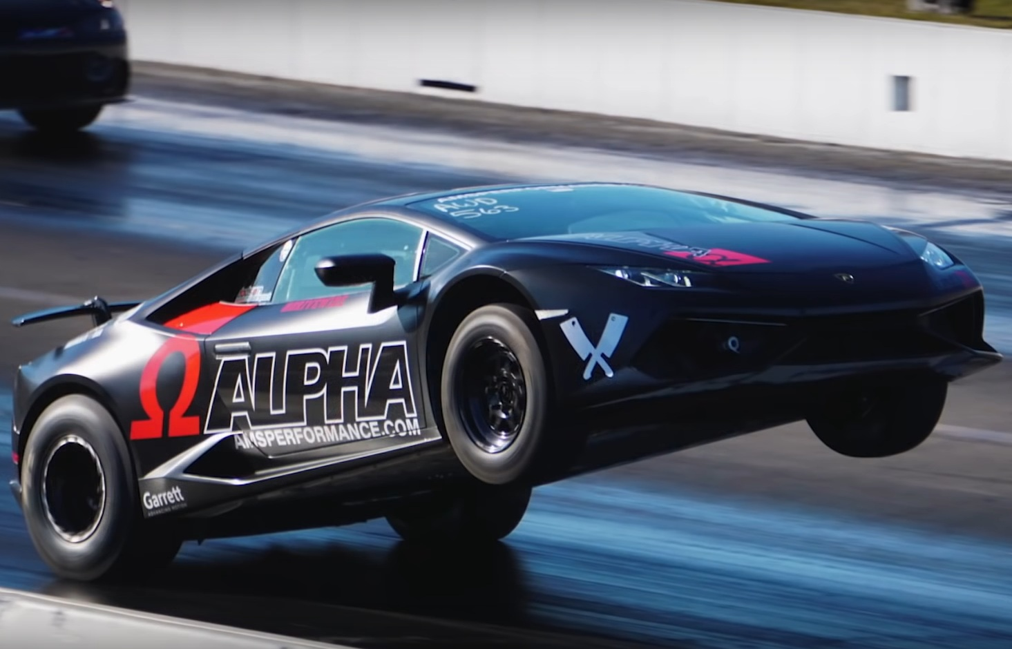 Как выглядит самый безумный суперкар Lamborghini (видео)