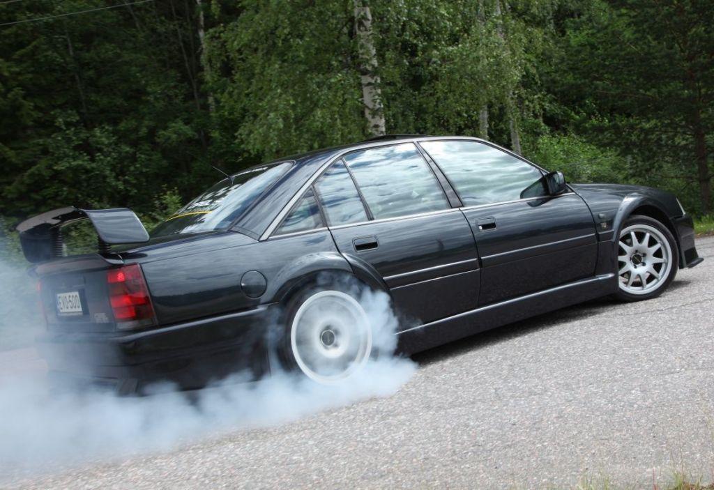 Opel Omega EVO 500: как создавался самый быстрый седан 90-х