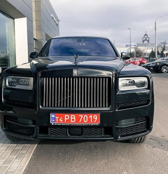 В Украине появился эксклюзивный лимитированный внедорожник Rolls-Royce