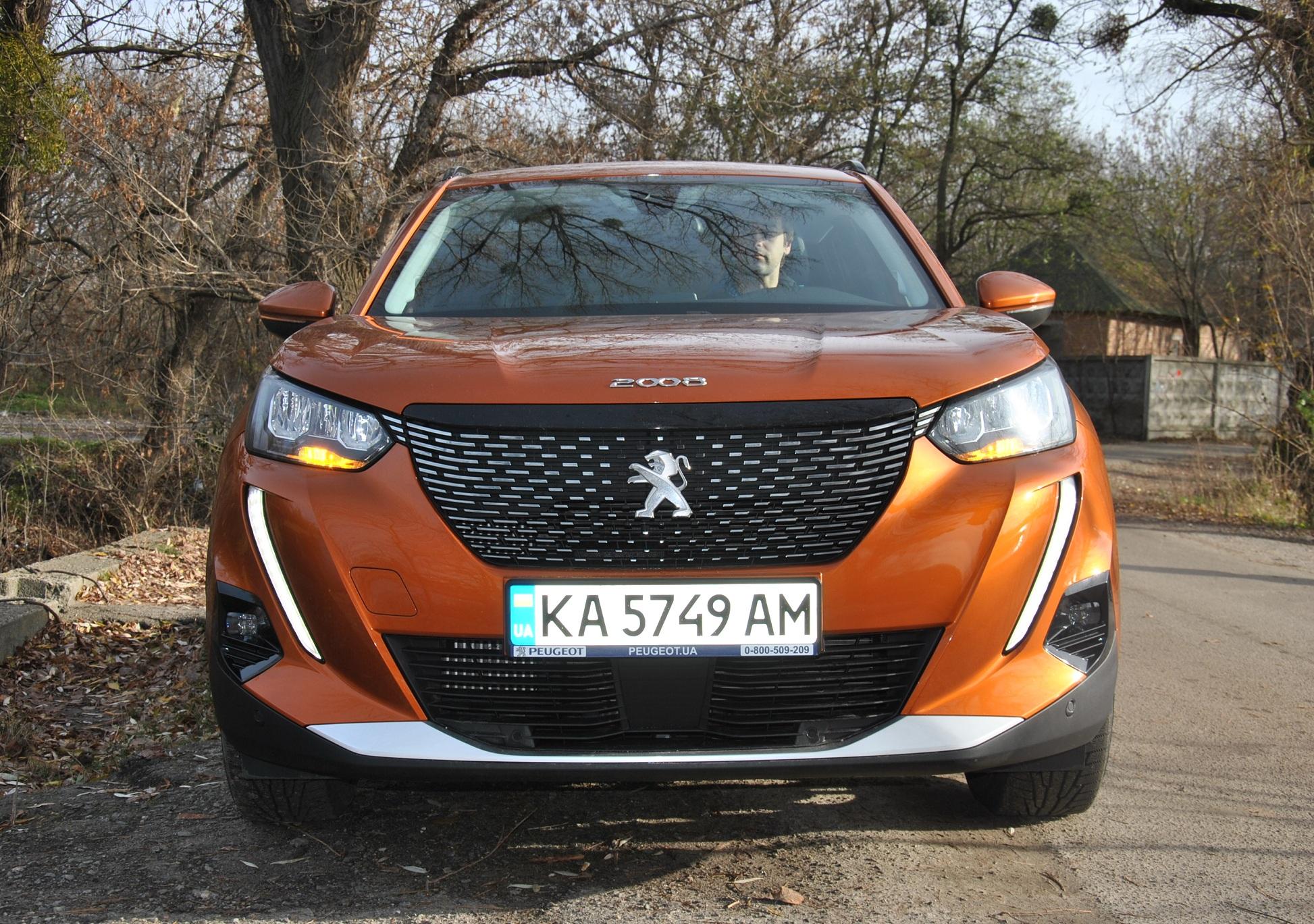 Тест-драйв нового Peugeot 2008: стильно, модно, молодежно