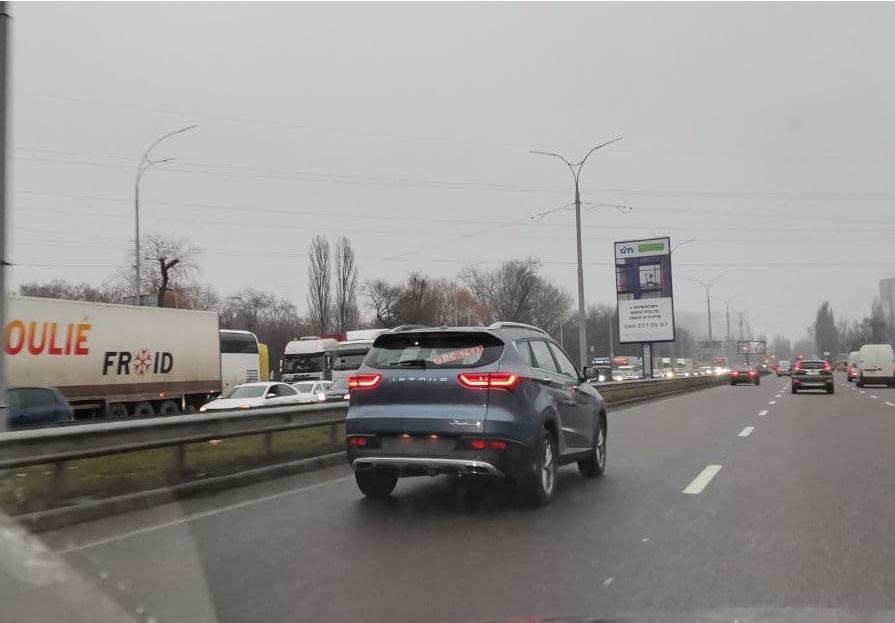 В Украине заметили новейший семиместный кроссовер по цене Дастера