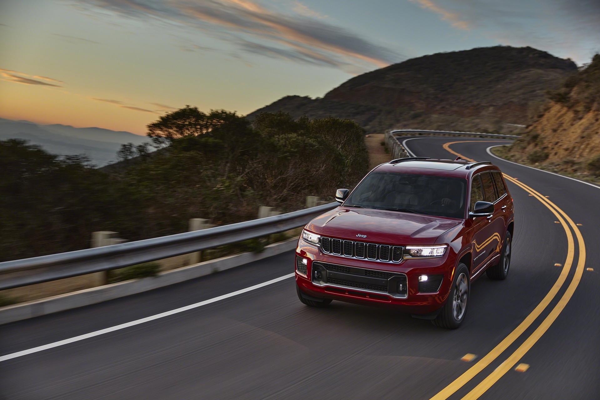 Официальные фото и все подробности нового Jeep Grand Cherokee 2021