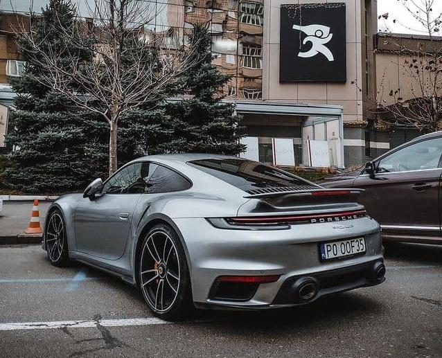 В Украине заметили новейший суперкар Porsche на еврономерах