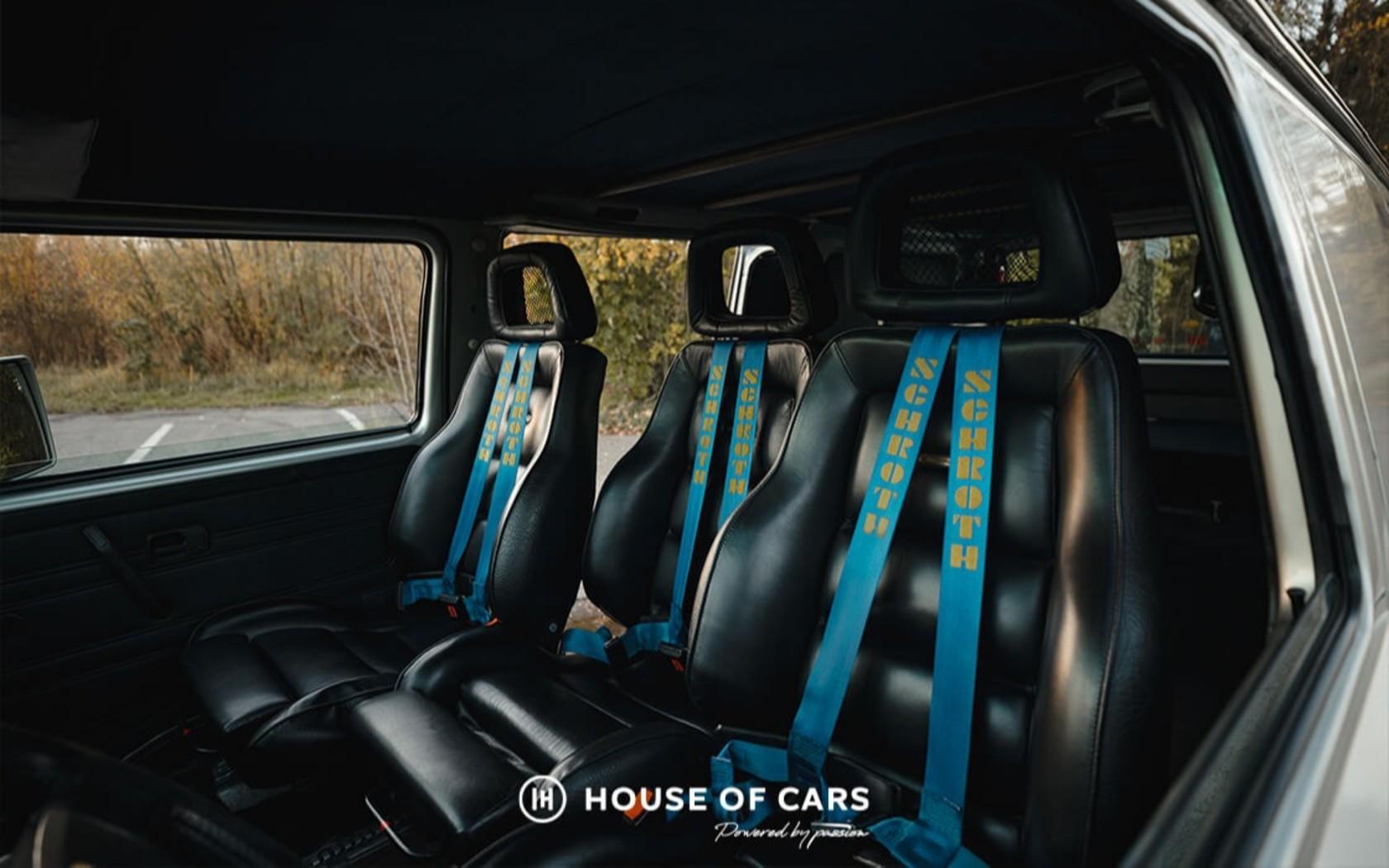 Старый Volkswagen T3 продают по цене нового Туарега